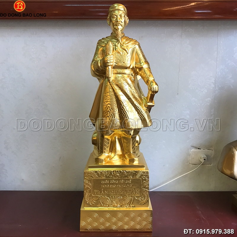 tuong_tran_hung_dao_dat_vang_75cm.jpg