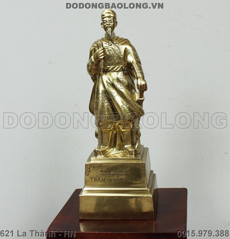tượng đồng trần hưng đạo
