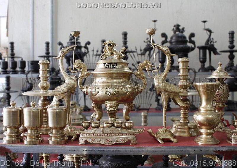đồ thờ cúng bằng đồng thau