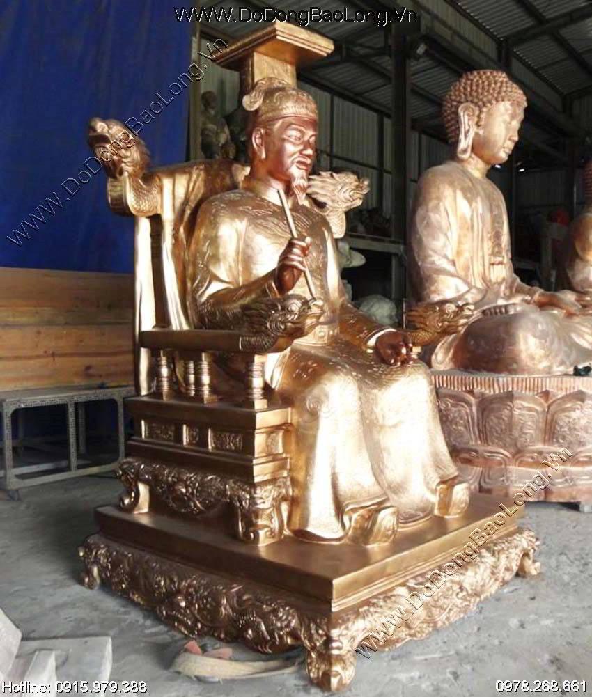Đúc tượng đồng vua Lê Thánh Tông cao 2m2