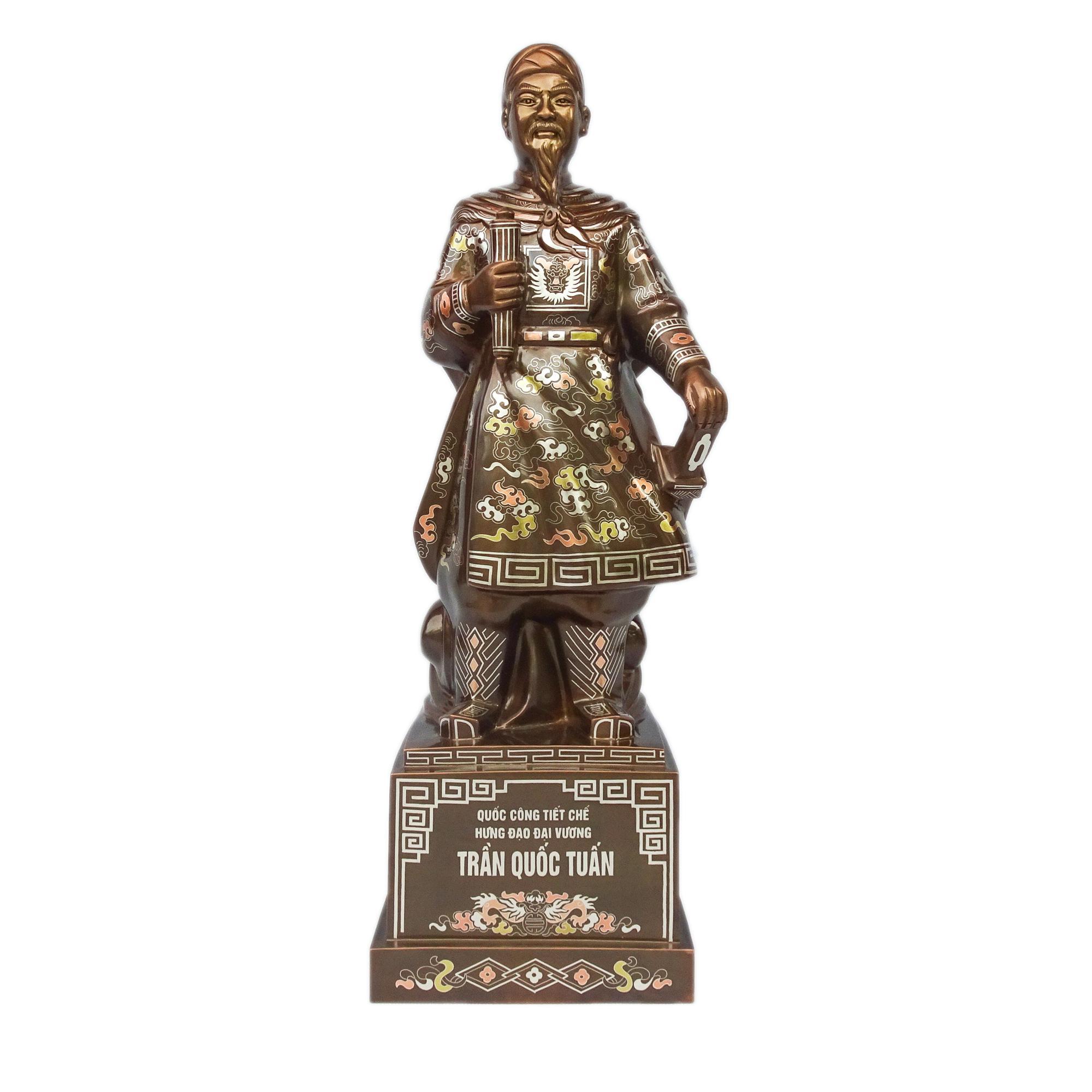 tượng trần hưng đạo